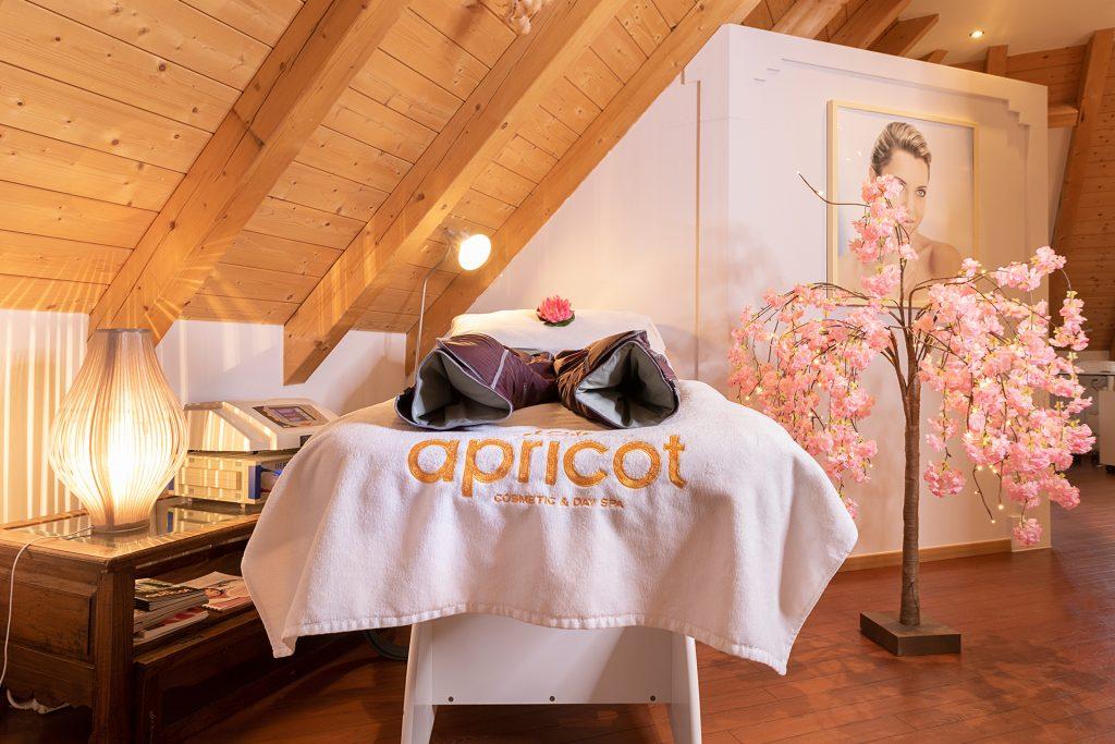 Apricot Cosmetic Bild 5